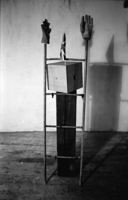 Ladder Figure with Flag: 1987